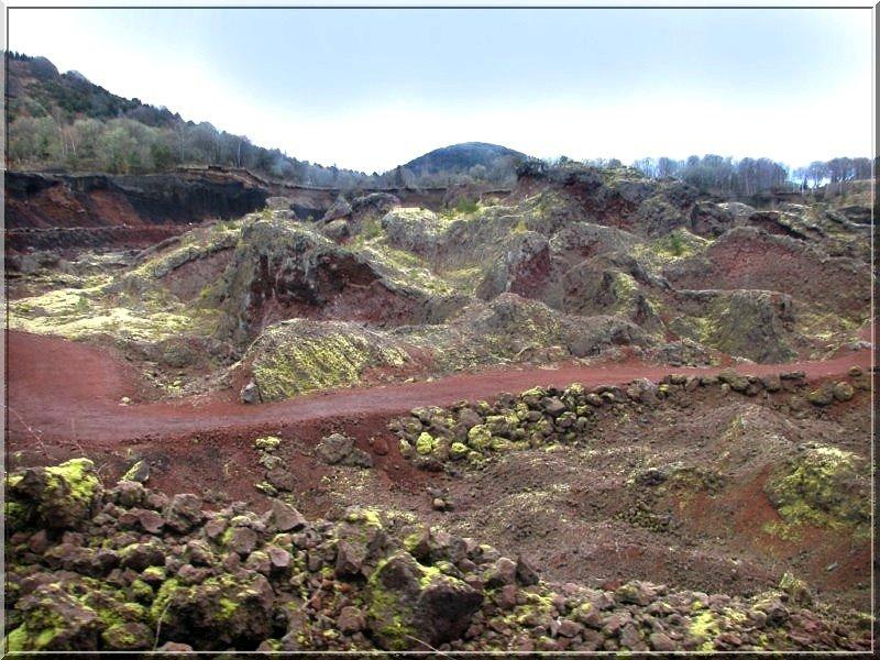 Lemptegy, volcan à ciel ouvert dans photos-souvenirs 8477-800x600